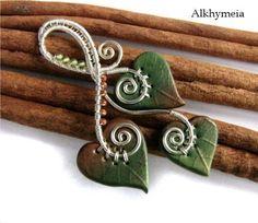 Leaf Pin Polymer clay, wire, peridot & glass beads Unica Entità 3 By Alkhymeia, via Flickr