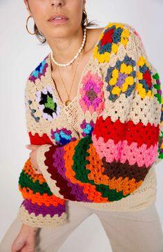 Crochet Cardigan, Crochet Top, Mochi, Crochet Clothes, Knitting Projects, Im Not Perfect, Crochet Earrings, Lisa, Crochet Patterns