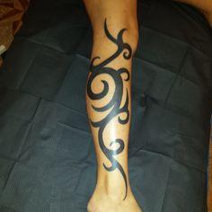 Tribal Tattoo on Leg for Women