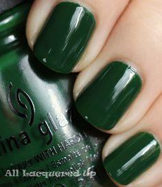 china-glaze-holly-day-nail-polish-swatch-holiday-2011-let-snow