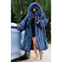 Blue Fur Coat, Long Faux Fur Coat, Fur Coat Outfit, Fur Coat Fashion, Mink Jacket, Fox Fur Jacket, Winter Fur Coats, Coats For Women, Clothes For Women