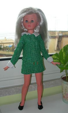 Antique Dolls, The Past, Barbie, Toys, Classic, Green, Collection, Activity Toys, Derby