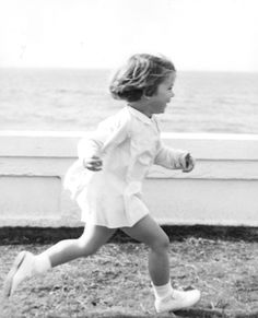 Caroline Bouvier Kennedy (born November 27, 1957) Gold Medal Wow !! ♡✿♡✿♡✿.❀♡✿♡❁♡✾♡✽♡ http://en.wikipedia.org/wiki/Caroline_Kennedy
