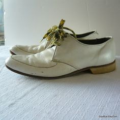 60s Bowling Shoes Mens size 85 C White Leather Oxfords  by GoodEye, $42.00