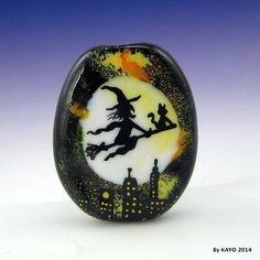 HAPPY-HAUNTING-byKAYO-a-Handmade-WITCH-CAT-Lampwork-Art-Glass-Focal-Bead-SRA