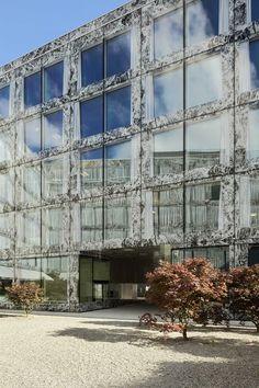 Allianz Headquarters — Zürich  http://www.weheart.co.uk/2014/04/07/allianz-headquarters-zurich/