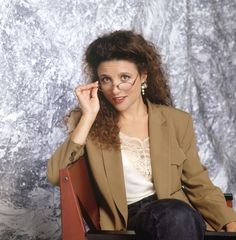"I am BFFs with Julia Louis-Dreyfus and we just spend all day quoting Elaine ""STELLAAAAA!!""  Here's What Julia Louis-Dreyfus Thought About Elaine Benes In 1998"