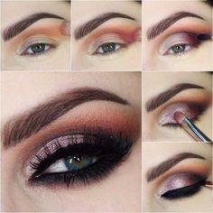 Maquillaje para ojos de color rosa con negro
