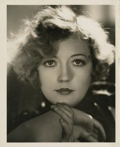 Marion Davies by George Hurrell 1931 Old Hollywood Movies, Hollywood Icons, Old Hollywood Glamour, Golden Age Of Hollywood, Vintage Hollywood, Classic Hollywood, Hollywood Stars, Hollywood Actresses, George Hurrell