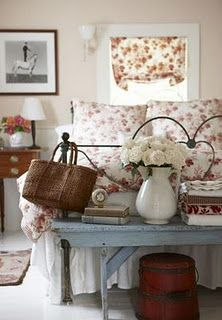 Shabby Chic Bedroom ~ I love this!