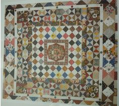Australian Quilt Study Groups: Report on Margaret Sampson George's QSG of NSW talk on Medallion Quilts