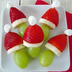 Easy and simple to prepare | excellent for these dates Christmas #grapes #strawberry #banana