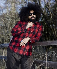 Watch Amy Poehler and Reggie Watts Just, Like. Stand Up Comics, Reggie Watts, Amy Poehler, Photographs Of People, Comedians, Character Inspiration, Comedy, Interview, Musik