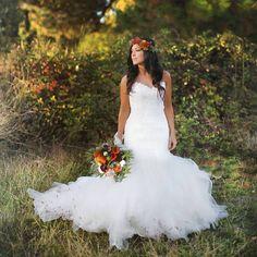 Kari Jobe Gets Married With Cody Carnes, Says Wedding A 'Taste of Heaven' (Photos) Kari Jobe, Pentatonix, Perfect Bride, Beautiful Bride, Perfect Wedding, Wedding Bells, Wedding Gowns, Dream Wedding, Wedding Day