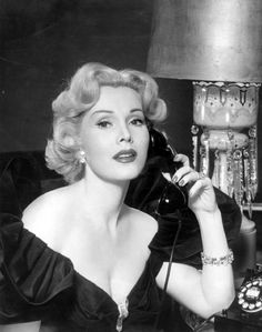 0 Zsa Zsa Gabor on the phone