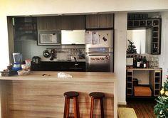 Este #apartamento fica no 20o andar de um #Condomínio #Clube. Possui 83m², 2 dormitórios (1 suíte), #homeoffice, cozinha tipo americana, #varanda com #churrasqueira!