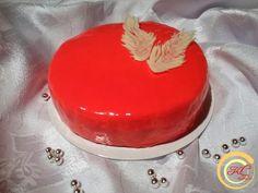 Tort pokryty polewą lustrzaną