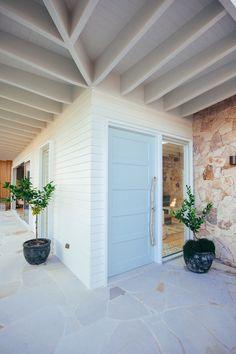Dream House Exterior, Exterior House Colors, Exterior Design, Sandstone Cladding, Sandstone Wall, House Cladding, Facade House, Louvre Doors, Louvre Windows
