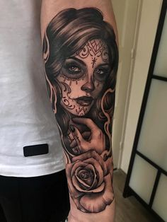 Fun one from today 😊 thanks Thomas! Done at The Art Studio Skull Couple Tattoo, Skull Girl Tattoo, Skull Sleeve Tattoos, Girl Face Tattoo, Sugar Skull Tattoos, Lace Tattoo, Girl Tattoos, Tattoos For Guys, Tatoos