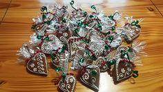 Medovníky Gingerbread, Christmas Wreaths, Holiday Decor, Home Decor, Christmas Garlands, Homemade Home Decor, Holiday Burlap Wreath, Decoration Home, Interior Decorating