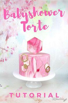 Anleitung für eine moderne Babyshower Torte für ein kleines Mädchen in Rosa, Weiß und Gold! #ribiselchen #babyshowertorte #babypartytorte #babyparty #babyshowercake #babyshowergirl #babypartymädchen #hexagoncake #hexagontorte #marmoreffekt Button Cake, Beautiful Cake Designs, Beautiful Cakes, Party Sweets, Party Cakes, Cupcakes, Cupcake Cakes, Cake Pops, Cake Pop Tutorial