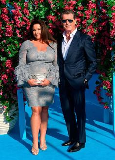 """PIERCE Brosnan and Keely Shaye have the strongest marriage in Hollywood - and the Bond actor admits he still fancies the pants off his """"passionate wife"""" - despite the fact she's a regular in the """"worst bikini body"""" lists in US magazines Look Fashion, Fashion Outfits, Womens Fashion, Fashion Cape, Fashion Clothes, Paris Fashion, High Fashion, Pierce Brosnan Wife, White Hair Highlights"""