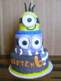 Despicable Me Party Cake Tutorial - Optimistic Mommy #Minions