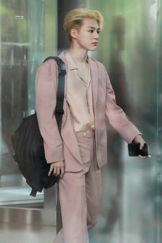 Lee Jeno, what the fuck Nct 127, Lucas Nct, Incheon, Rapper, Nct Group, Jeno Nct, Pink Suit, Jisung Nct, Entertainment
