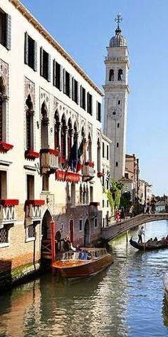 The leaning belltower of Chiesa dei Greci, Venice's Greek orthodox church