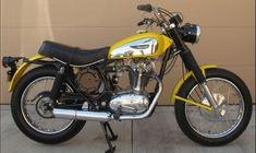 The Original – 1971 Ducati Scrambler 450 Ducati Motorcycles, Ducati Scrambler, Dr 650, Moto Car, Bike, The Originals, Italy, Cars, Motorbikes