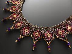 シック&キラキラ玉虫色のデザインビーズチョーカー Beaded Choker Necklace By Kazari Sakuiro