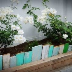 Garden borders add an important landscape touch. Find 37 practical, affordable and good looking landscape garden edging ideas to compliment your lawn and landscaping to give your flower bed borders more impact - [SEE MORE]