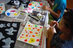 """""""Ci disegno dentro"""", workshop for children, Mart Rovereto www.it/educazione Crafts For Kids, Learning, School, Crafts For Children, Kids Arts And Crafts, Studying, Teaching, Kid Crafts, Craft Kids"""