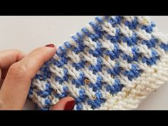 İki Renkli Tırtıl Örgü / Two Colour Butterfly knitting - YouTube