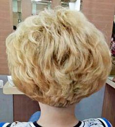 Teased Short Hair, Big Short Hair, Big Hair, Short Hair Cuts, Short Hair Styles, Blonde Hair Looks, Fluffy Hair, Great Hair, Hair Beauty