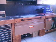 Good idea for a gun safe/lock box integrated into workbench Ammo Storage, Weapon Storage, Hidden Storage, Secure Storage, Wood Storage, Garage Organization, Garage Storage, Garage Loft, Organization Ideas