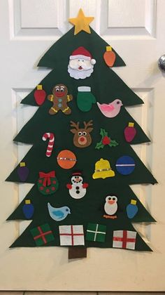 Whether you're making crafts to sell, give as gifts or decorate your own home, there's 1 thing most of us need. Making Christmas crafts is a huge trad. Christmas Classroom Door, Diy Felt Christmas Tree, Christmas Trees For Kids, Christmas Crafts For Gifts, Christmas Door, Christmas Ornaments, Harry Potter Christmas Decorations, Felt Christmas Decorations, Beautiful Christmas