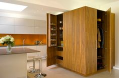 20 Astounding Kitchen Cupboards Design   Home Design Lover