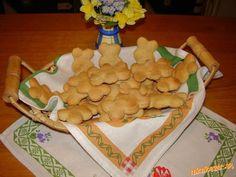 Zázvorníky ktoré veľmi rýchlo zmäknú Christmas Cookies, Sweets, Baking, Desserts, Food, Xmas Cookies, Sweet Pastries, Bread Making, Meal