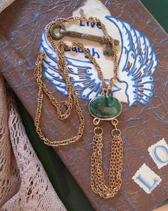 Vintage Sarah Coventry Marbled Green Necklace by MDHcrafts on Etsy