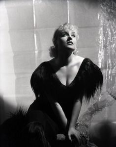 Carole Lombard 1934 photo by George Hurrell