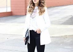 White blazer + black skinny jeans