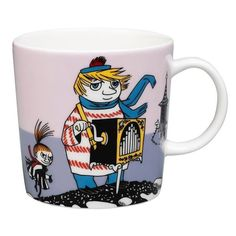 "This new violet�Moomin mug by Arabia features Too-ticky. It's beautifully illustrated by Arabia artist Tove Slotte and the illustrations can be seen in the original book ""Moominland Midwinter"" by Tove Jansson.�Complete your collection of Moomin mugs with this beautiful piece. Also see the other parts of the ceramic Too-ticky series by Arabia.T�m�n�uusimman violetin�Arabian Tuutikki-mukin on kuvittanut Arabian taiteilija Tove Slotte.�Alkuper�iset kuvitukset l�ytyv�t Tove Janssonin kirjasta…"