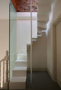 Escadas para Pequenos Espaços