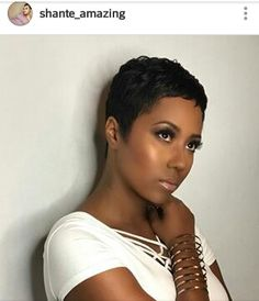 The pixie cut is versatility.Need to find pixie cuts and pixie hairstyles inspiration?Click our list of 80 trending pixie haircuts for women now. Short Pixie Haircuts, Pixie Hairstyles, Straight Hairstyles, African Hairstyles, Women Pixie Cut, Pixie Cuts, Pixie Bob, Short Sassy Hair, Short Hair Cuts