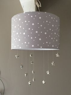luminaire enfant lampe de plafond suspension blanc avec etoile beige b b s. Black Bedroom Furniture Sets. Home Design Ideas