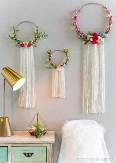 Wonderful Spring And Summer Wall Decor Ideas. Below are the Spring And Summer Wall Decor Ideas. This post about Spring And Summer Wall Decor Ideas was posted Home Crafts, Diy And Crafts, Arts And Crafts, Summer Crafts, Decor Crafts, Unique Wall Decor, Diy Wall Decor, Wall Decorations, Decoration Bedroom