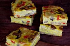 Retete Culinare - Frittata cu paste si legume Frittata, Omelet, Appetizer Sandwiches, Appetizers, Cooking Tips, Cooking Recipes, Healthy Recipes, 30 Minute Meals, Bread Rolls