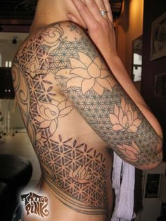 FLOWER OF LIFE AND LOTUS by tattoopink.deviantart.com