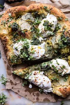 Pesto potato and burrata pizza portobello mushroom mini keto pizzas Fun Easy Recipes, Easy Meals, Dinner Recipes, Healthy Recipes, Paleo Food, Dinner Menu, Burrata Pizza, Pesto Pizza, Pizza Pizza